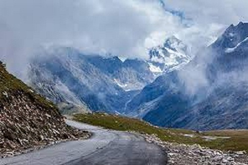 Rohtang Pass Tour Travel Package